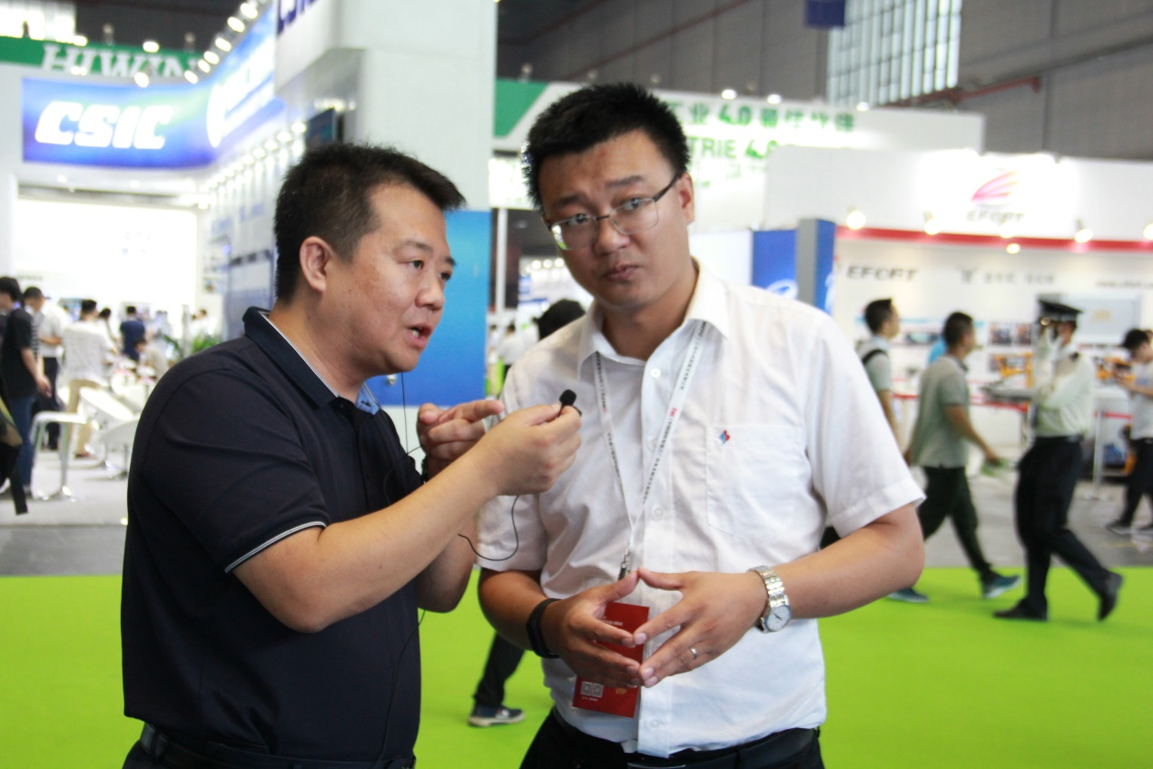 Zhongnan Intelligent made a wonderful appearance on CIROS2018, and the intelligent manufacturing live speech triggered the climax of the exhibition